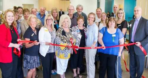 South County Chamber of Commerce members help cut the ribbon on the new location for our Sports & Physical Therapy and Diabetes Education offices.